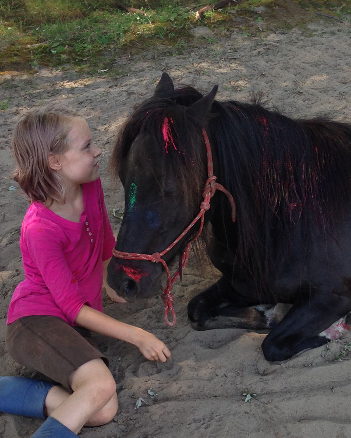 girl.sitting.horse.connection.jpg
