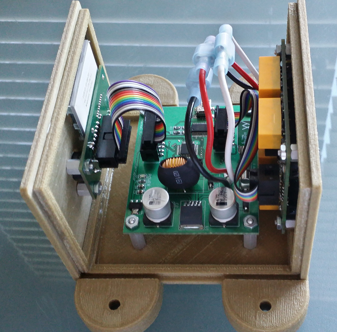 Assembled Device With Top Removed