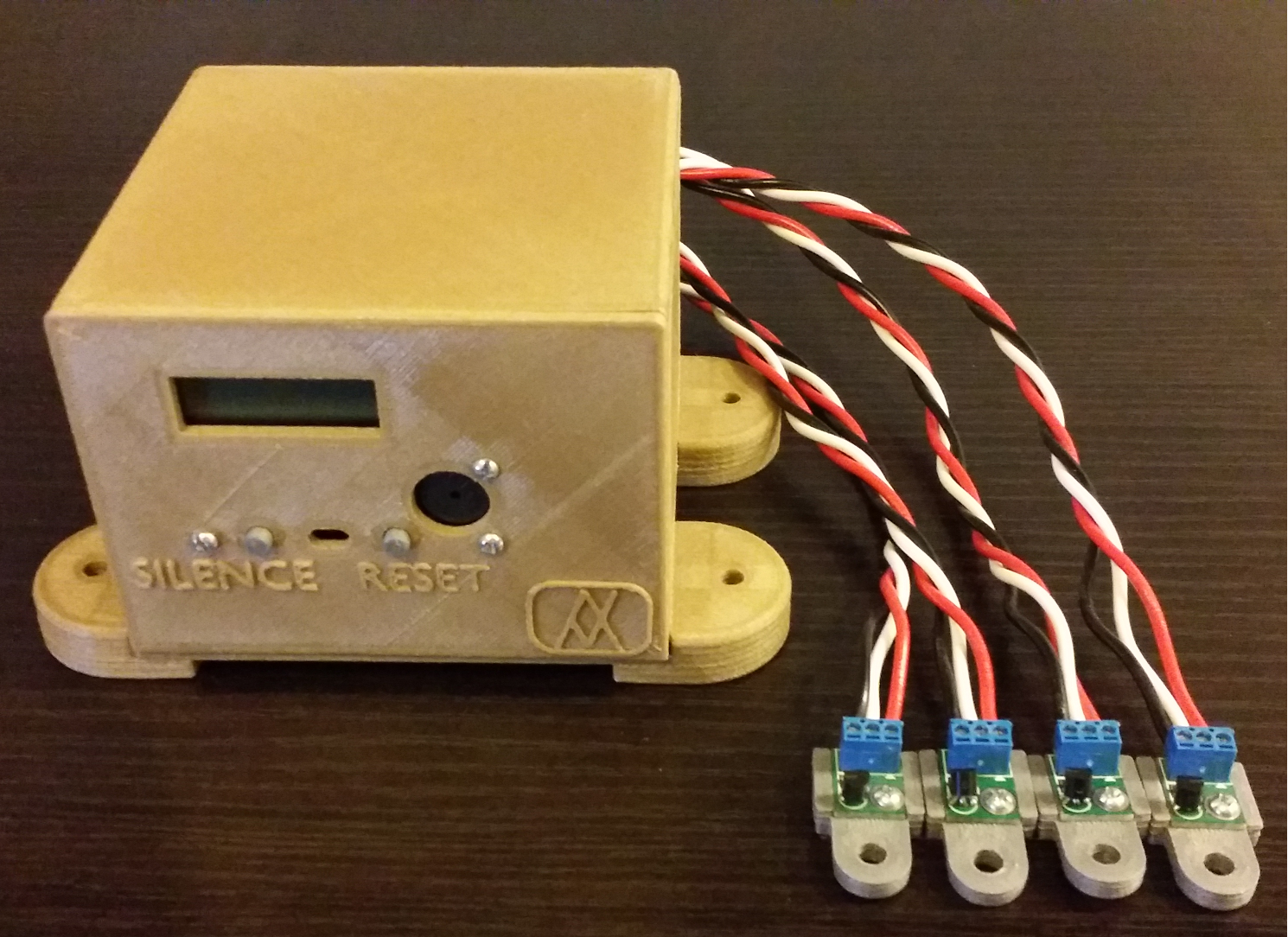 Assembled Device With Temperature Sensors Attached