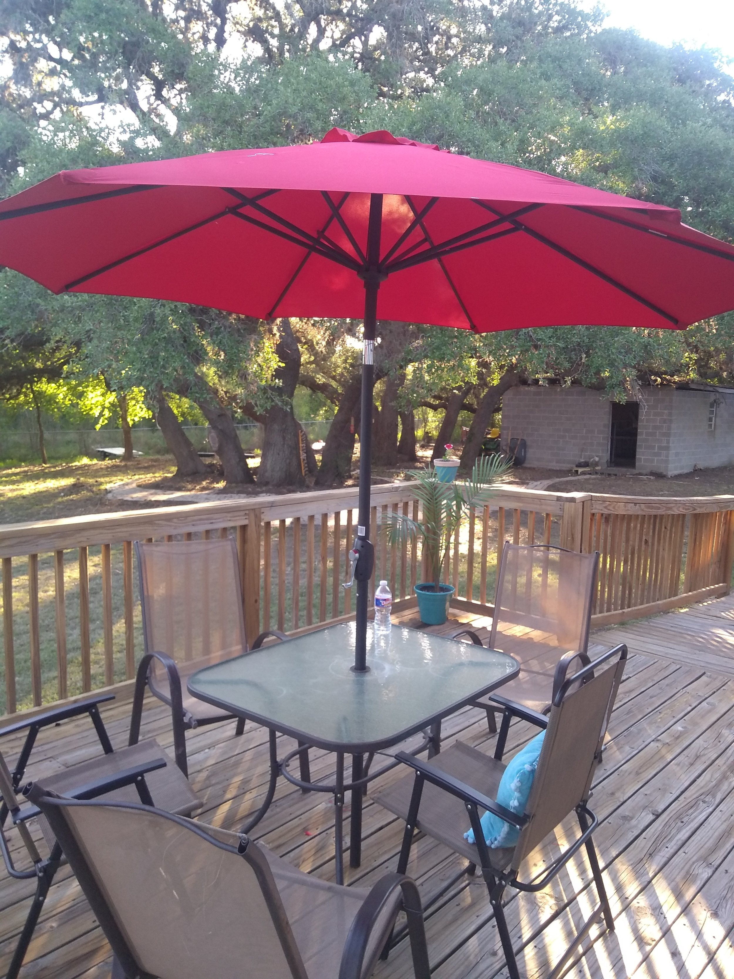 Beeville-Texas-Assisted-Living-Patio
