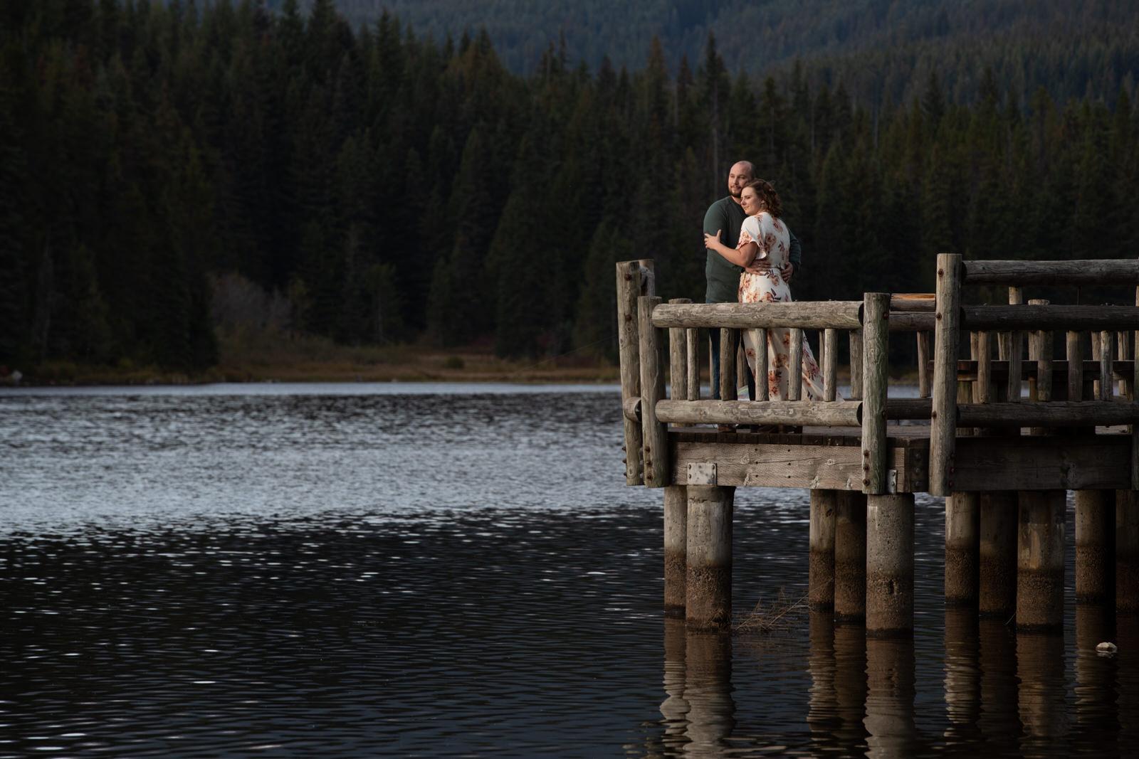 Janice & John Engagment Session Trillium Lake330-Edit.jpg