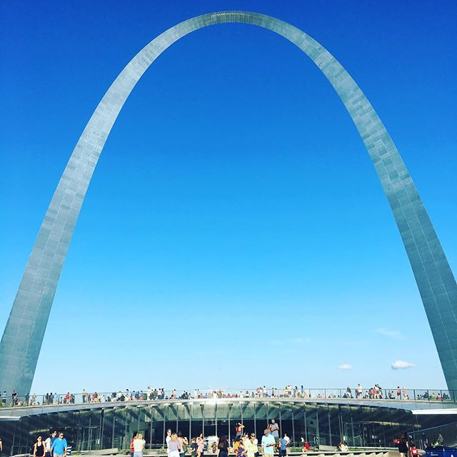 A gorgeous night for Fair St. Louis with the Thursday cohort! #meetthecity #fairstlouis #stlouisgram #makenewfriends