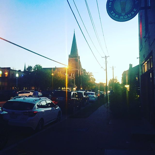 A stunning night to explore Soulard with the new cohort! #meetthecity #makenewfriends #stl
