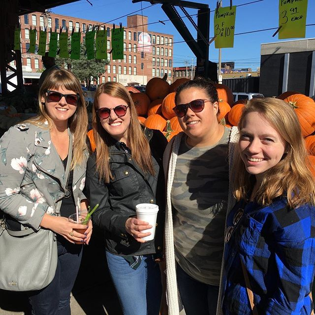 A gorgeous fall morning for shopping at @soulardmarket ! #meetthecity #makenewfriends #stl