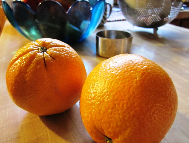 Juicy and full-flavored heirloom navel oranges at your service