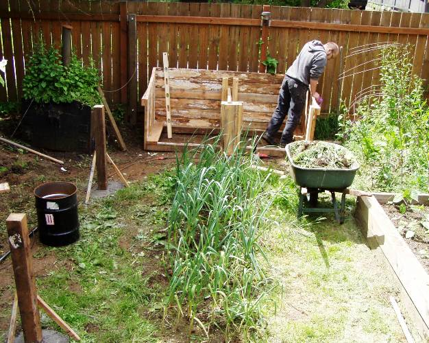 Oregon Tilth is offering all sorts of great gardening classes in 2010.