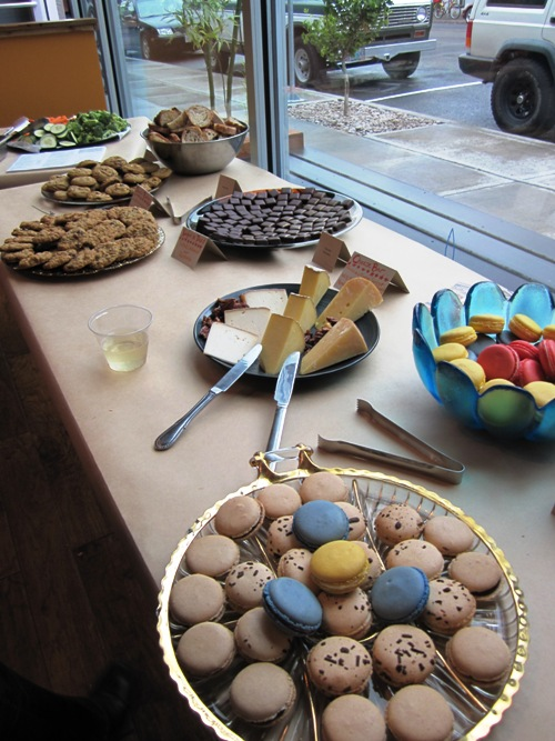 The dessert table pre-party...