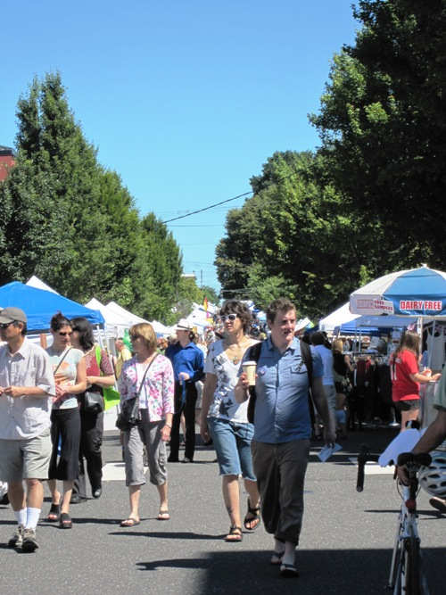 They expected 30,000-plus at Miss. Ave. St. Fair -- think they got it.