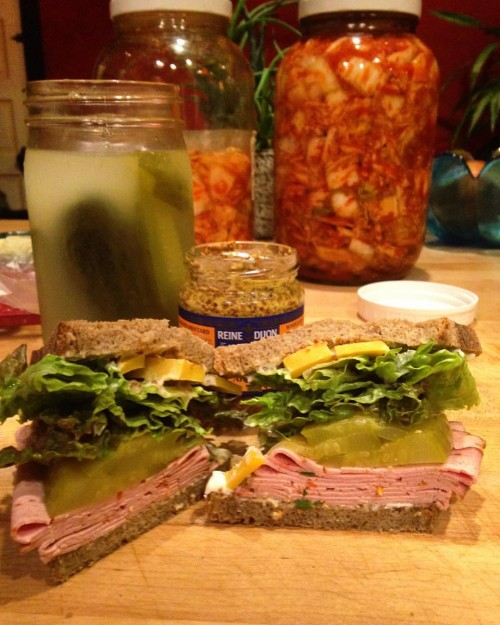 Sandwiches of course are also great to take to work. I made this one with Edelweiss Sausage & Delicatessen's spicy paprika loaf and my homemade sour pickles.