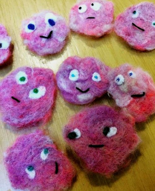 And if you were wondering what those cute pink things are that we are wearing they are festival SCOBY (the host of bacteria and yeast that you use to make kombucha) pins that fest volunteers and dear friends Loly, Phoenix and Kelli dreamed up and made. So cute