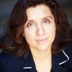 Ayesha Khalid headshot.jpg