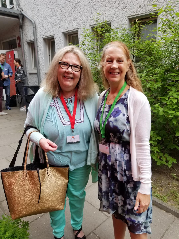 Gwen with Brenda Hiatt at Love Letters Conference Berlin, 2018