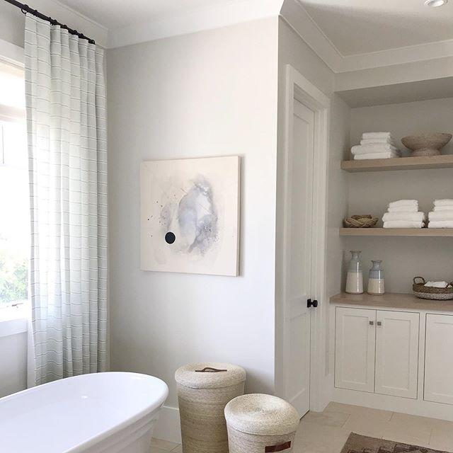 Love seeing our Wilson Stripe Sage sheer in this warm toned bathroom designed by @brookewagnerdesign in Newport, CA. . . . . . . #interiordesign #theworldofinteriors