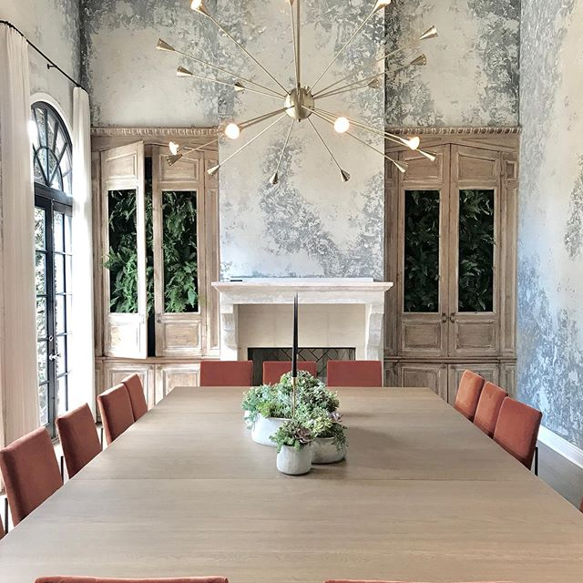 Love seeing our Wilson Stripe White in this vast conference room designed by @consorthome. . . . . #theworldofinteriors #interiordesign #interiordesigner #interiorarchitect