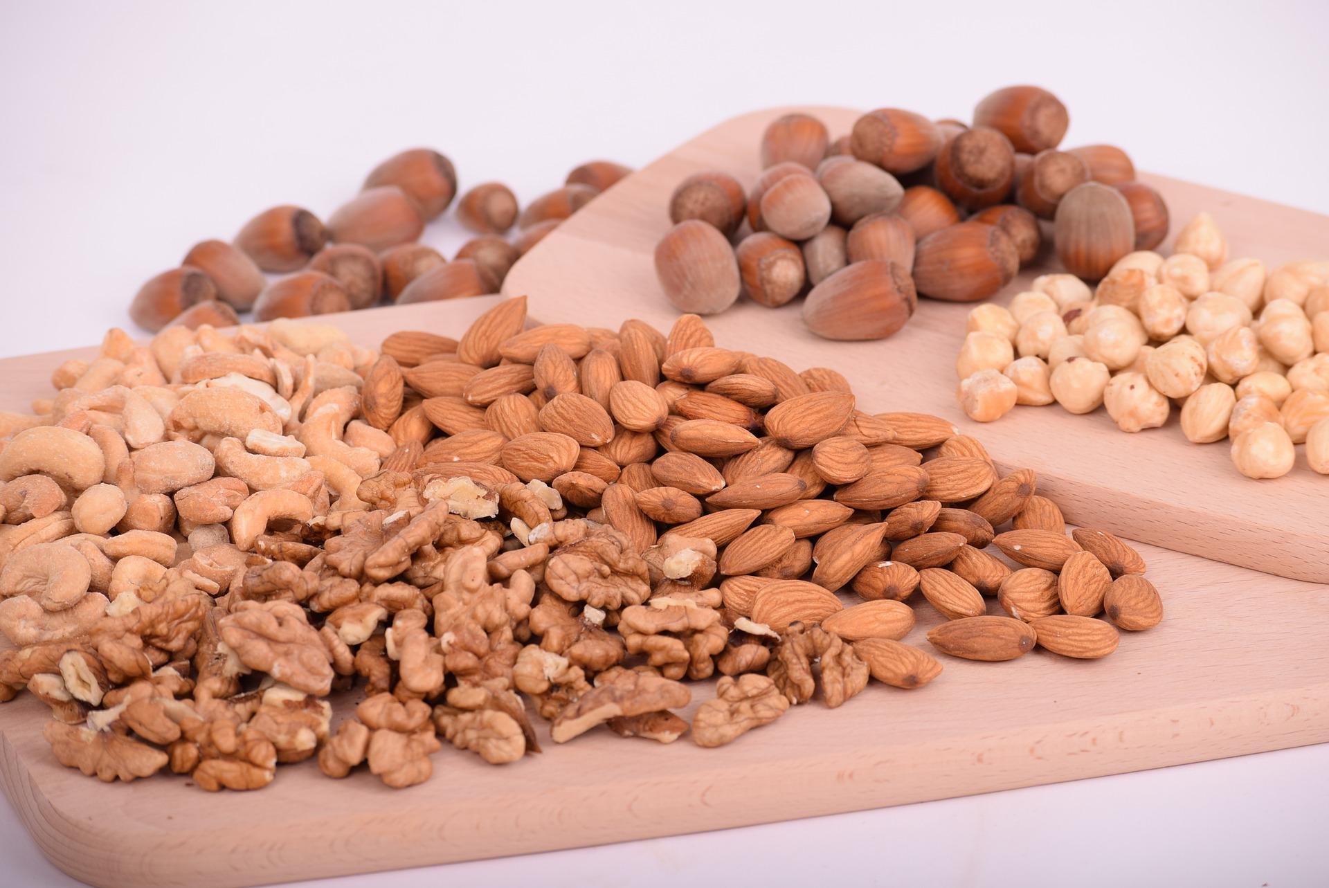 nuts have oligosaccharides.jpg