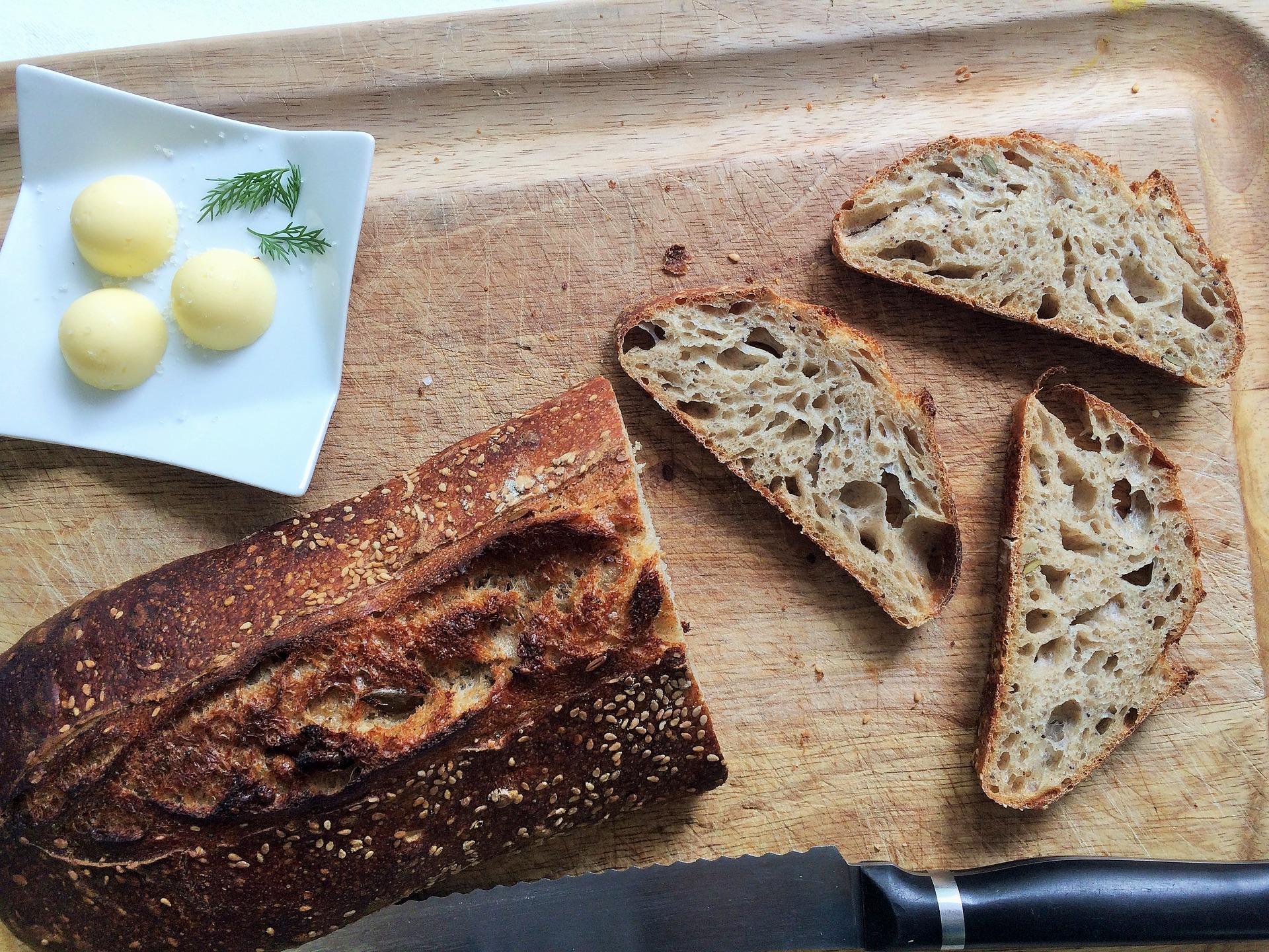 sourdough bread is low fodmap.jpg