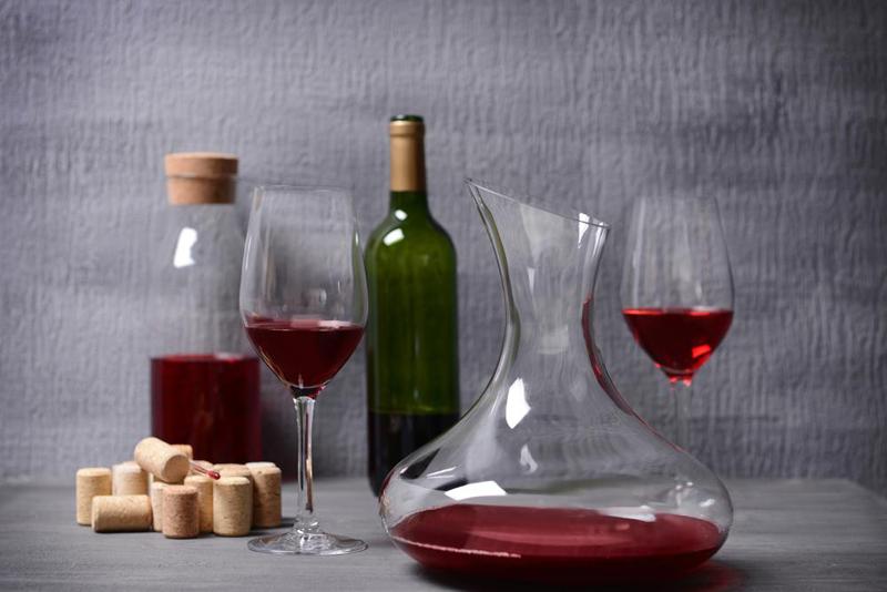 Types-of-Wine-Aerators.jpg