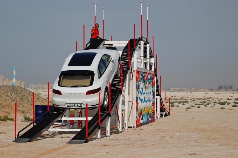 Porsche Macan (1).jpg