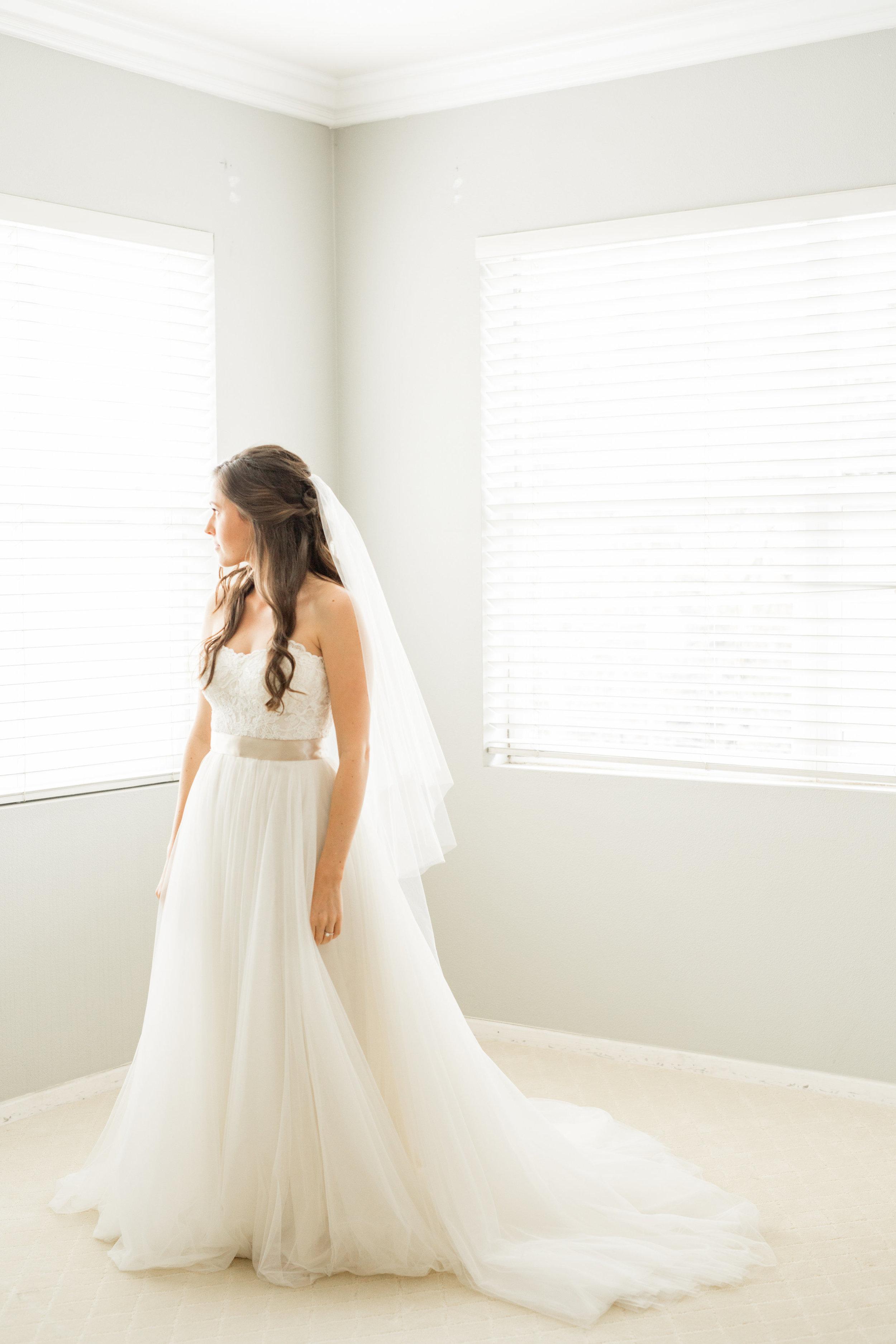 Ivy Jacob Wedding-Getting Ready-0033.jpg