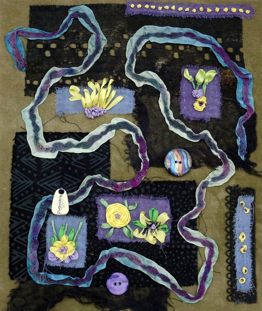 DAISY MAZE, cotton/mixed media art quilt, 10 x 8.5 inches