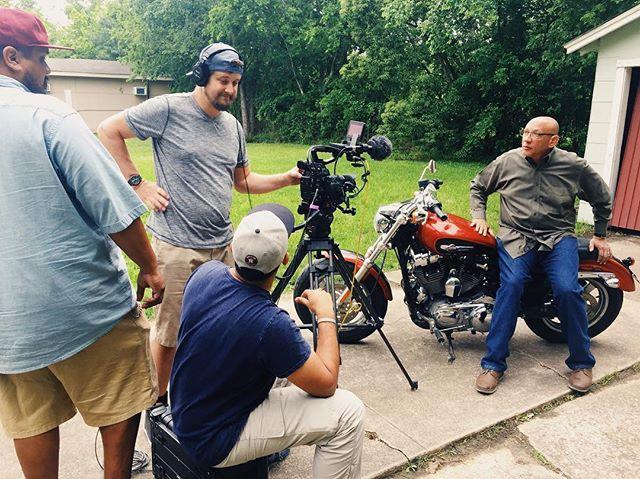 73° // Overcast   180404 Telling stories with @branchmediainc for Goodwill Houston. PC: @_jordan9697 #canonc300 #sigmaart #houstonfilmcrew #houstonproduction
