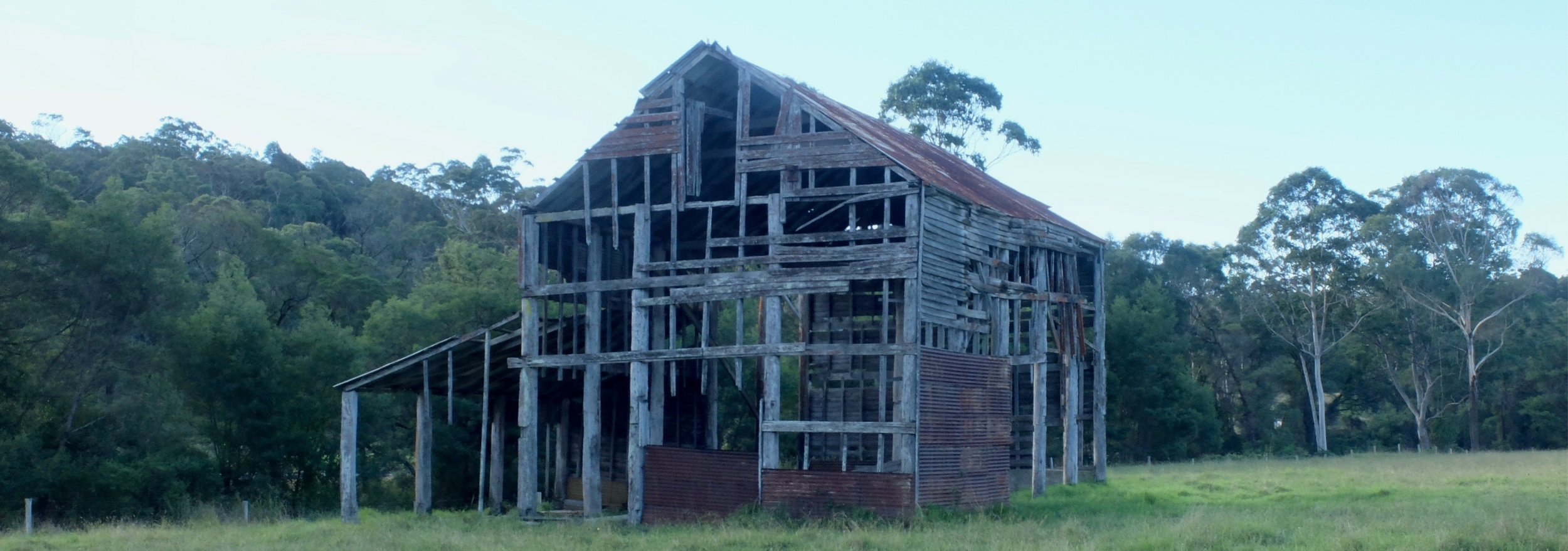 Whenever I hear 'shed' I think of this one on the NSW South Coast. I'm not sure how it's still standing.