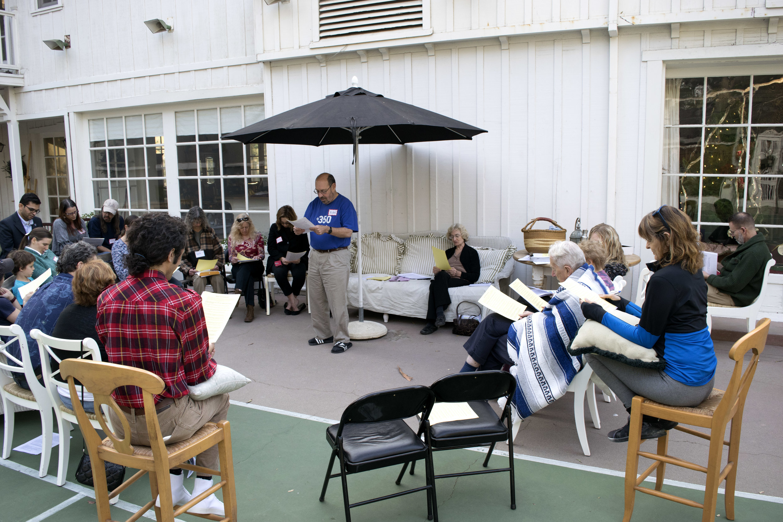 Alan Weiner convenes the December meeting of our local 350 chapter at the Valley Art Workshop. (valleyartworkshop.com). We discussed the goals of stopping fossil fuel development and organizing around local efforts (such as DivestLA, plugging the Aliso Canyon Gas Fields, and Climate Hawks vote).  January starts a major new campaign!    You can join the group by contacting Alan Weiner at Mighty30North@gmail.com.