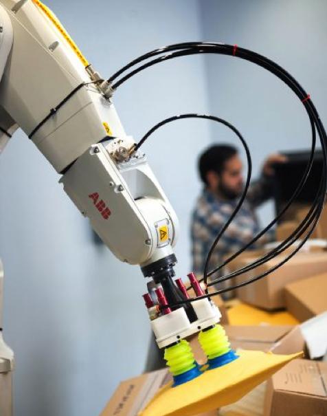 画像は、 PlusOne Roboticsホームページ より。