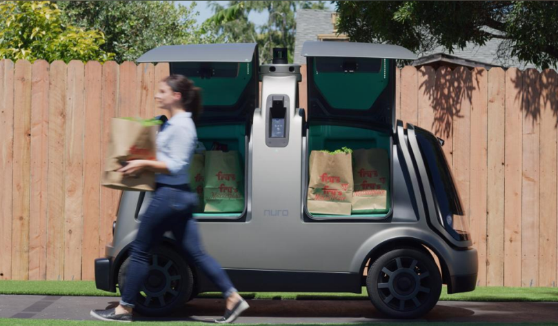 写真は、Reuters ' Kroger begins tests of driverless grocery delivery in Arizona ' より