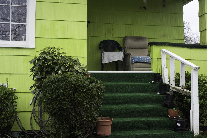 http://www.kptv.com/story/31237126/cold-case-portland-woman-strangled-to-death-while-walking-home    https://www.portlandoregon.gov/police/article/457981