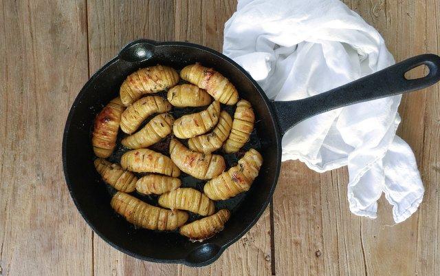 hasselback-potatoes-3