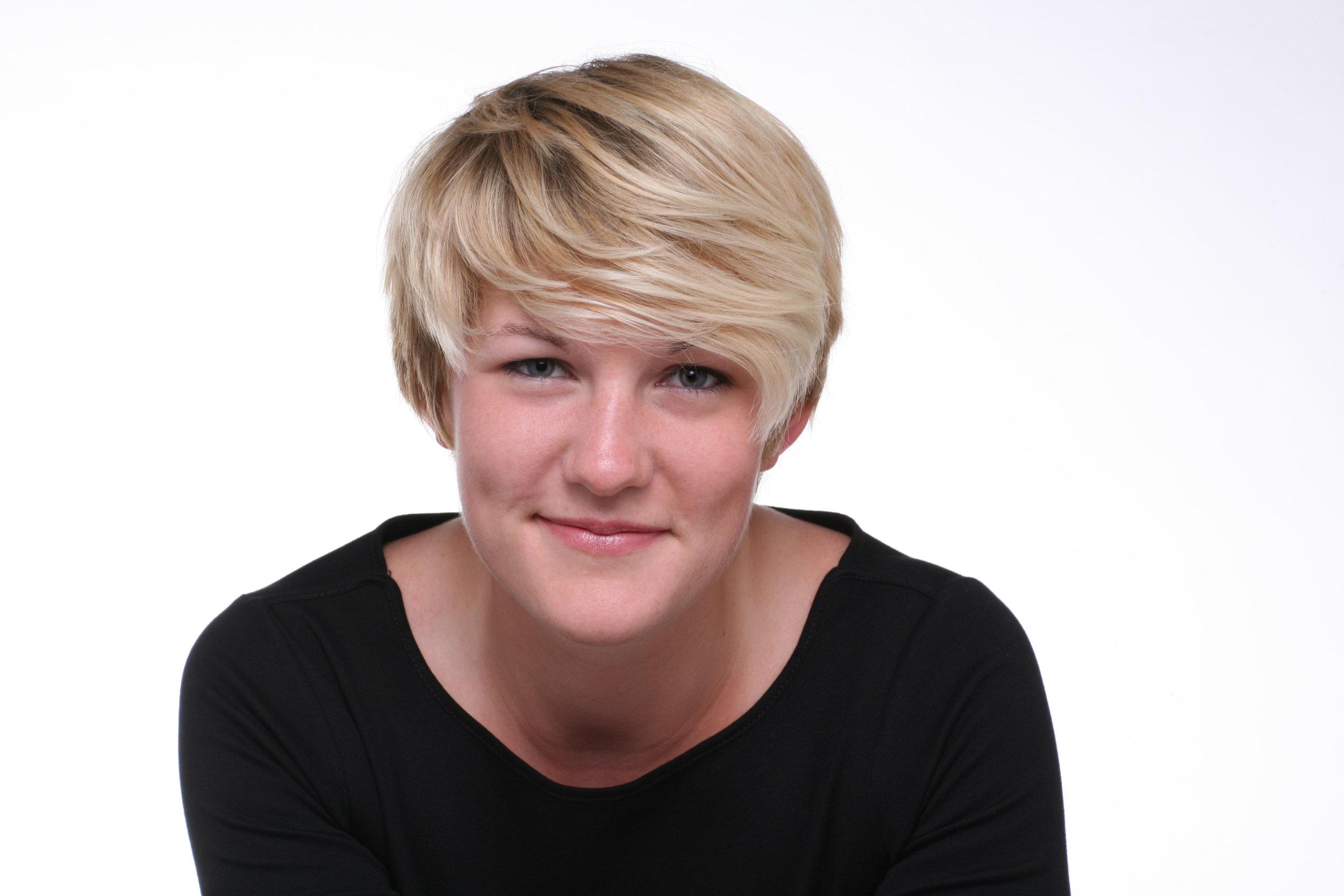 Caroline BIrd - headshot 2.jpg
