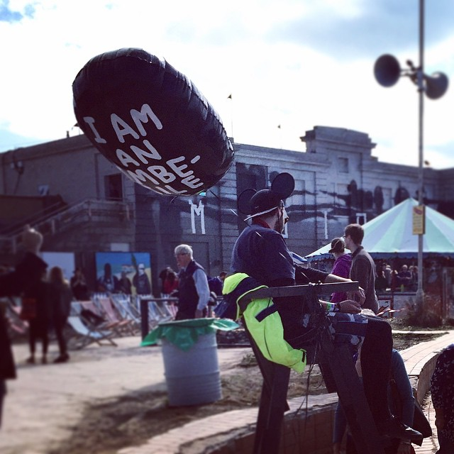 dismaland-weston-super-mare-bansky-immbecile-balloons.jpg