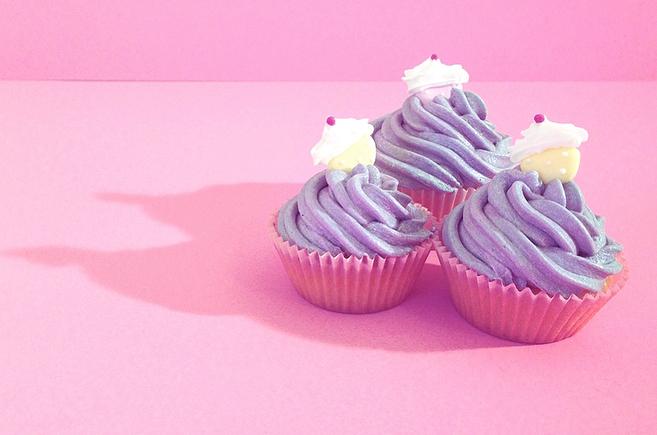 cupcake-photography-pink-sprinkles-2.jpg