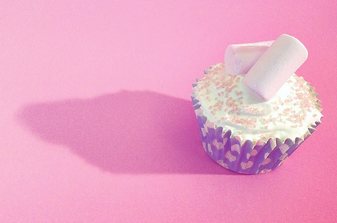 cupcake-photography-pink-sprinkles.jpg