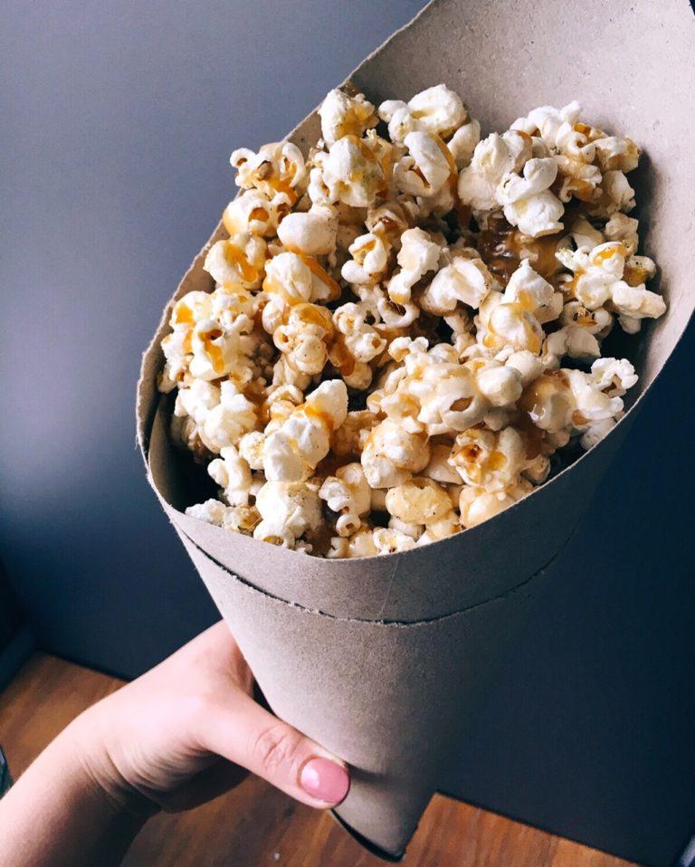 """karameļu popkorns - teikšu kā ir – šis popkorns mainījis manus mājas kino seansus, jo nevieni """"Zvaigžņu kari"""