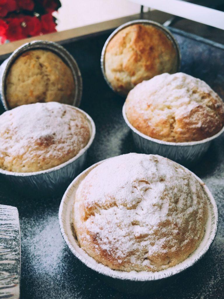 apelsīnu mazkūciņas tējaspauzei - uzaicinu visus doties tējas pauzē. par kūciņām ir padomāts, un mēs visi esam pelnījuši mazliet atpūsties.