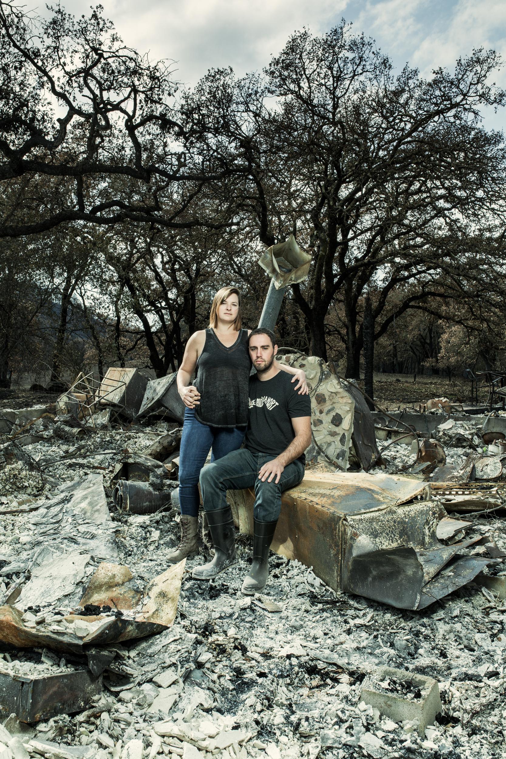 171102C_NorCal Fires_Chris Hollingsworth and Hannah Chort-37.jpg
