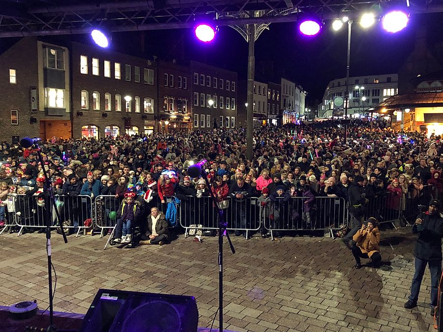 darlo lights switch on.jpg