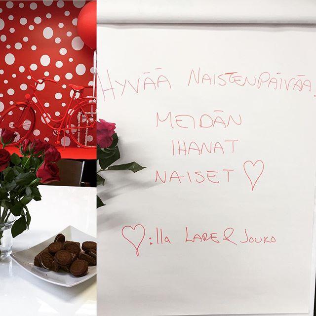 Hyvää Naistenpäivää kaikki naiset 🌹 Meidän toimiston Ihanat naiset olivat hemmottelun kohteena tänään 🙋 #kukkiajasuklaata #maanantainapaluuarkeen