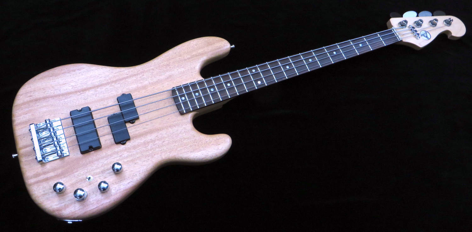 Medium Scale - Medium Scale is intended for bassists who struggle with long-scale basses.