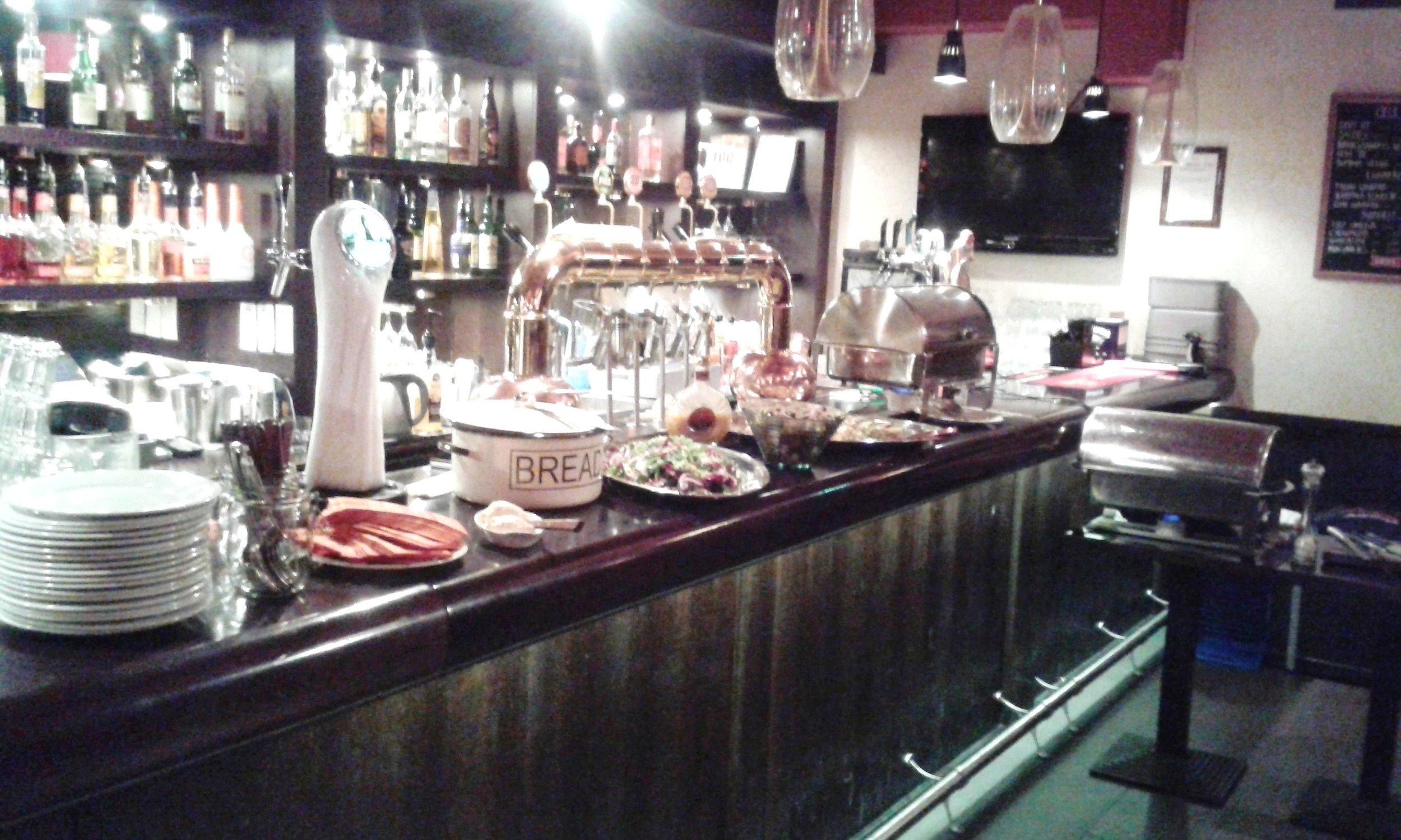 Tom&Crill_pitopalvelu_ravintolassa