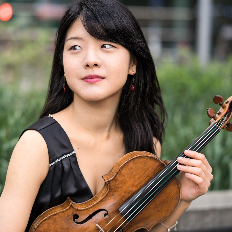 Sumire Hirotsuru, Violinist