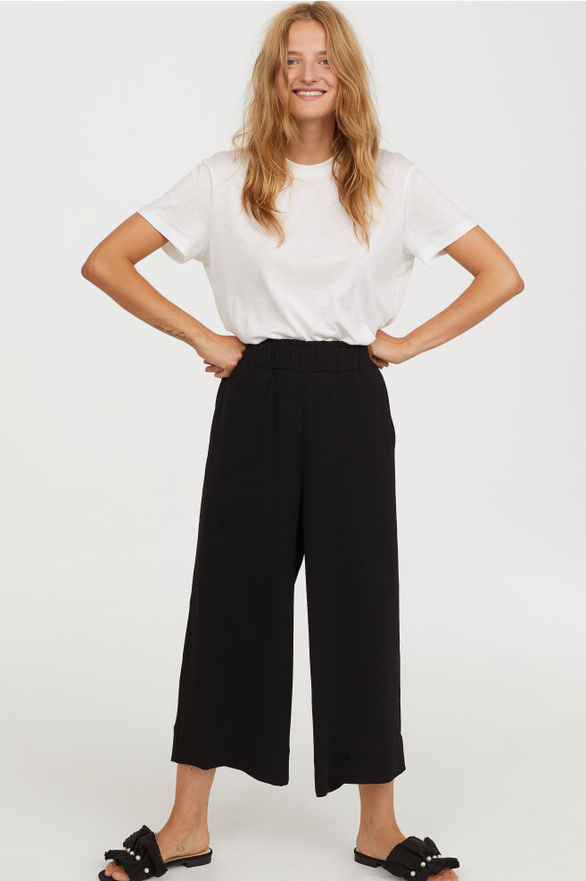 1.Culottes - Honestly, I LOVE this trend – comfy, smart and so easy to wear! I currently keep rotating between a black pair and a white pair. Plus there is so much street style inspo to follow.