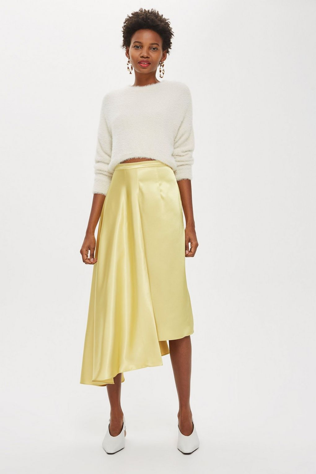 A pleated midi skirt. - I act like a 63 year old 50% of the time so I may as well dress like one, and I do. Wear a pleated skirt with a chunky knit jumper and Stan Smith esque trainers to really nail grandma chic.
