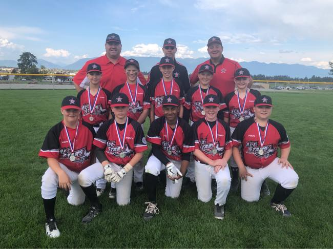From top left to right: Tony Dreger, Pat Simmons, Darryl Pisio Middle from left to right: Tyson Ross, Noah Thul, Max Simmons, Nathan Pisio and Jackson Folliot. Bottom Row left to right: Ryan Duncan, Cooper Gregor, Javin Boynton, Owen Varjassy, Maguire Payne. MISSING FROM PIC- Gerritt Gulutzan. Submitted Photo