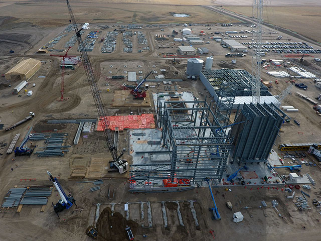 Chinook Power Station near Swift Current under construction - SaskPower Photo