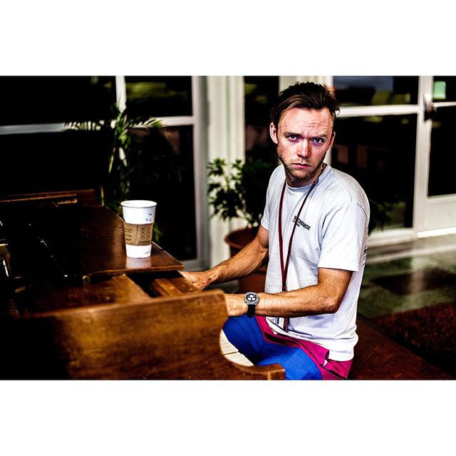 "New Album Drop—This Friday Release party @gatewaycupstl . @conzillla releases his thoughtfully composed set of piano cover songs titled ""Forever Yours...Until I Take It Back"" featuring emotionally charged and deeply intimate covers from Cardi B, Boys 2 Men, Hootie and the Blowfish, Britney, and Big Sean. Backed up with dulcet vocals from Sam, Alex, John and The Adam, it's sure to move you. . Don't miss out! Release party stars Friday Night under the stars in St. Louis 9:15pm Central...! . 🎧📸 @adamkoble 😘"