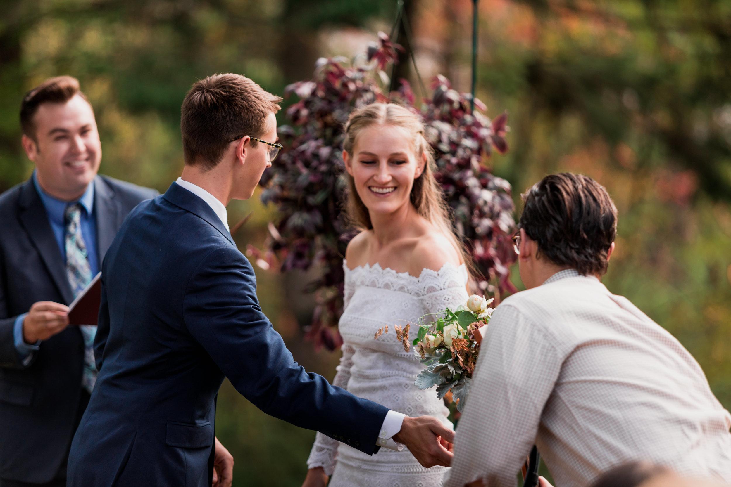 vild-photography-photographer-tahoe-intimate-wedding-adventure-van-abigail-28.jpg