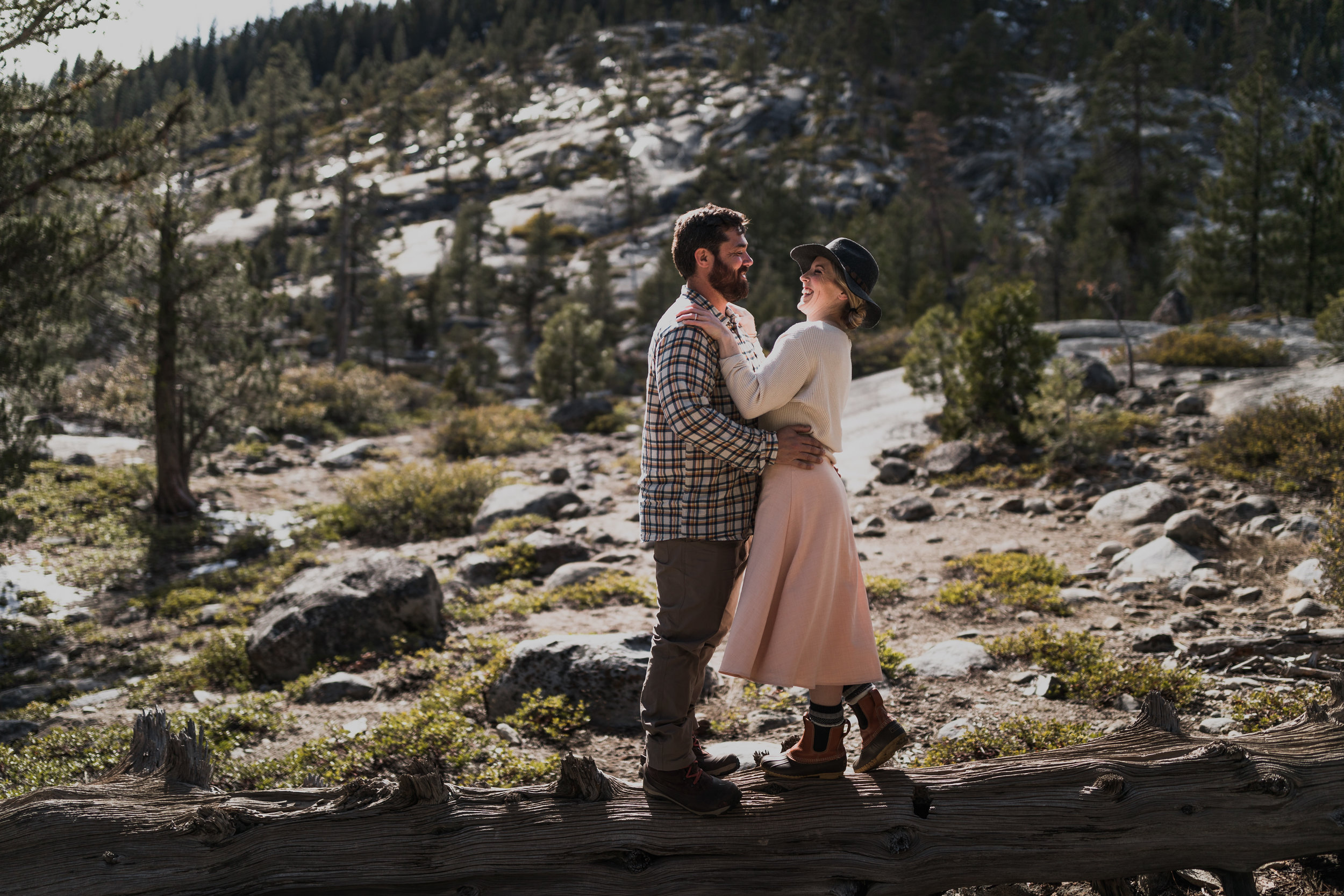 0M7A3609vildphotography-vild-photography-adventure-tahoe-portrait-Kelly&Brandon.jpg
